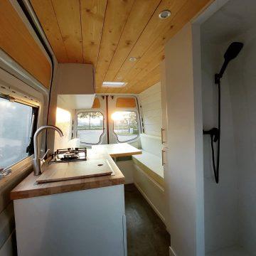 Mercedes 313 hop custom campers